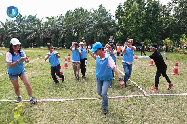 to-chuc-hop-lop-ket-hop-team-building-vietwind-2